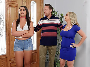 Threesome With Tiny Squirting Stepmom